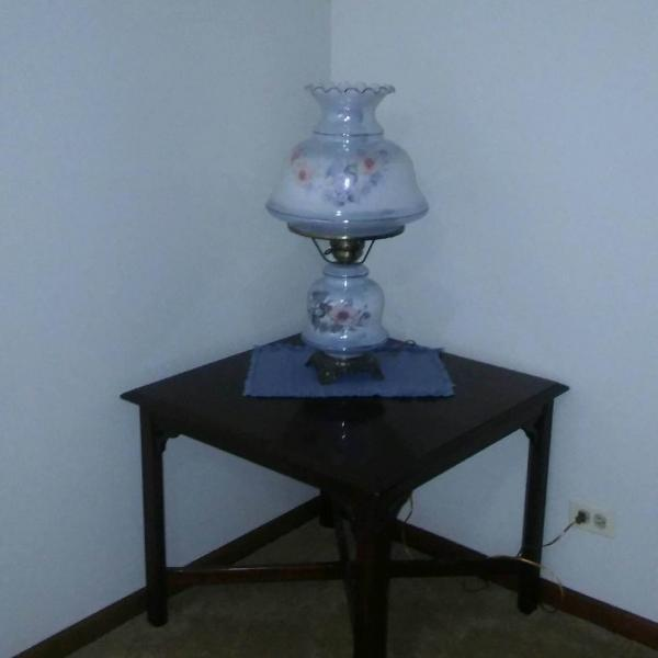 Photo of Table and Lamp
