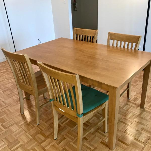 Photo of Dining table and chairs $300