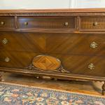 Antique Late Victorian Dresser with 5 Drawers Featuring Burl Veneer Appliqués