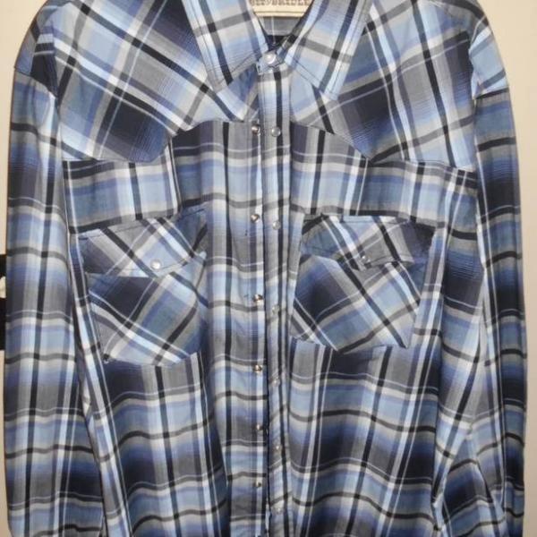 Photo of Mens Dress Shirts Size XL