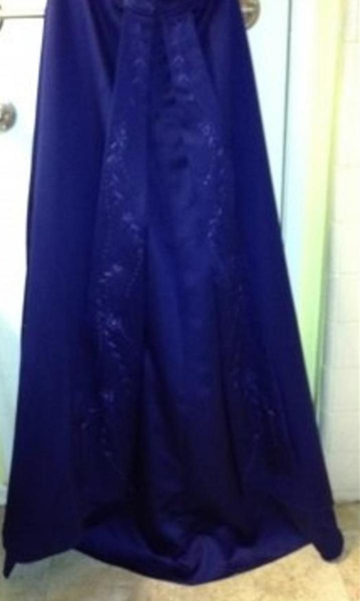 Photo 2 of Gorgeous dark blue dress