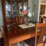 Thomasville Dining room Table with 6 chairs and hutch