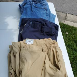 Photo of LL Bean ladies pants bundle