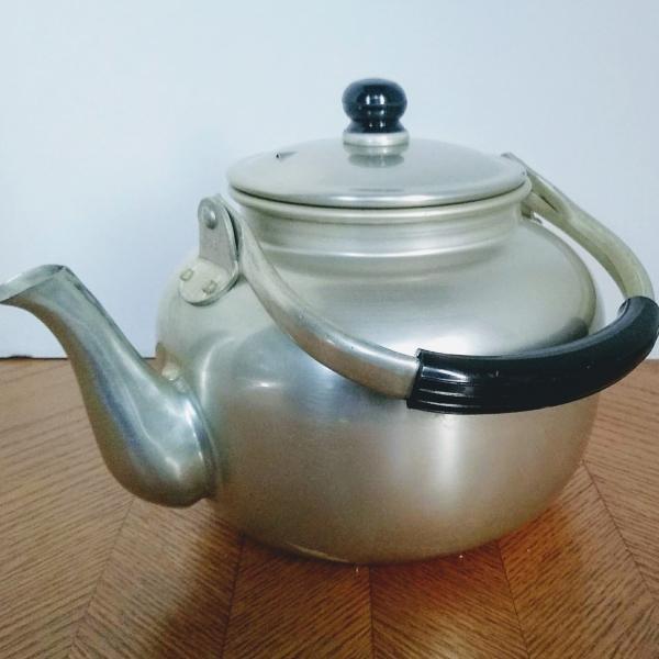 Photo of Mt. Fuji Inn Omaha Large Aluminum Teapot Kettle IOB
