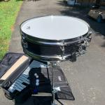 Snare drum and bells set