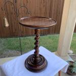 Vintage HENREDON Four Centuries Collection Wood Twisted Base Side Table