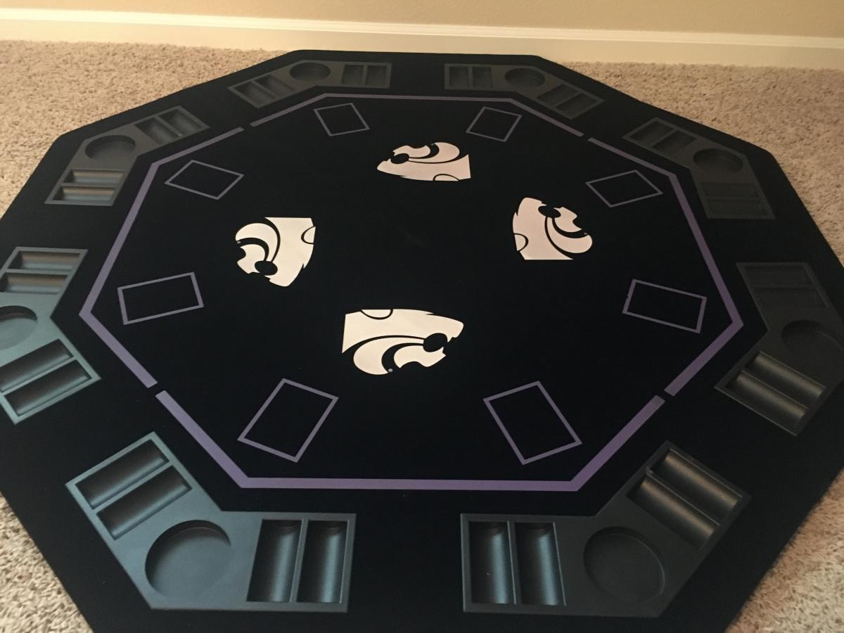 Photo 2 of K-State Poker Set