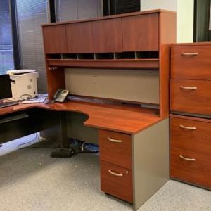 Photo of L-shaped desk set