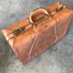 Vintage Towne Suitcase