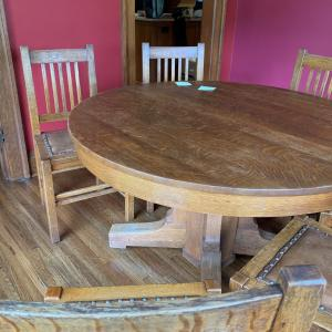 Photo of Stickley Breakfast Table with 2 leaves
