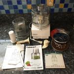 Cuisinart Pro Custom 11  Food Processor & Accessories