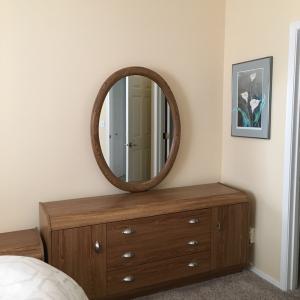 Photo of Bedroom set 3 piece