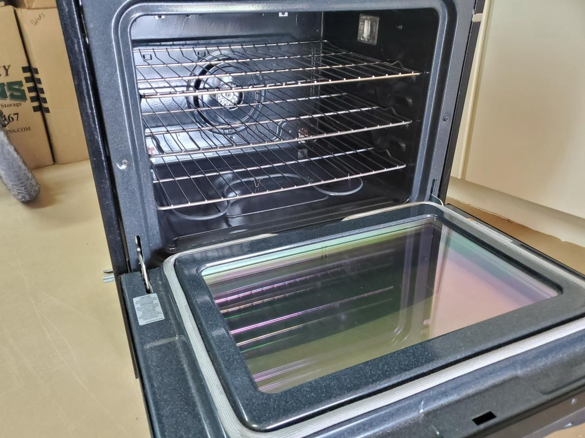 Photo 3 of Jenn Aire Slide In Range-Cook top with downdraft