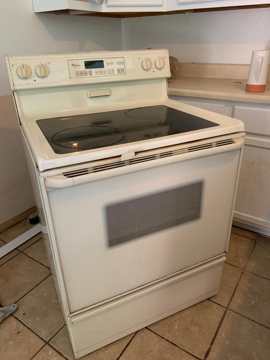 Photo 1 of Whirlpool electric oven  stove  range