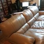 6 1/2 ft Lazy Boy sofa. leather, 42' wide