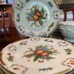 I Godinger & Co.  Plates
