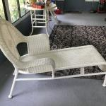 BAYTON BAY  LOUNGE CHAIR