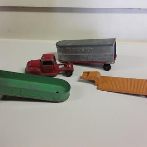 Photo of Tootsietoy and more cars & trucks