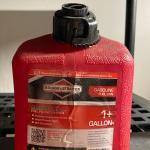 Briggs & Stratton Smart-Fill 1+ Gallon Gas Can