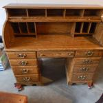 Desk Roll Top Solid Wood in Guilderland
