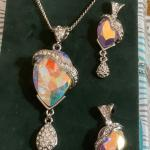 Vintage aurora borealis  Rhinestone   earrings and necklace set
