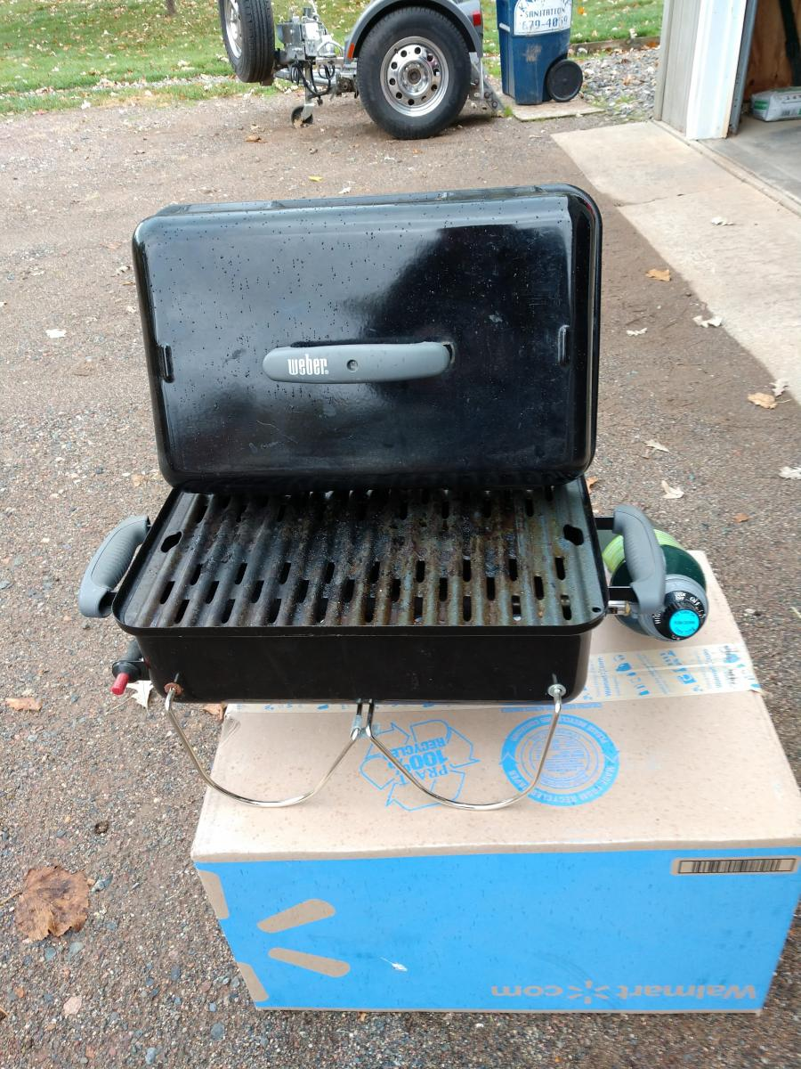 Photo 1 of Weber Go Anywhere gas grill