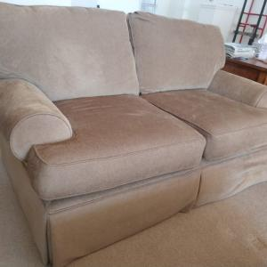 Photo of Love seat