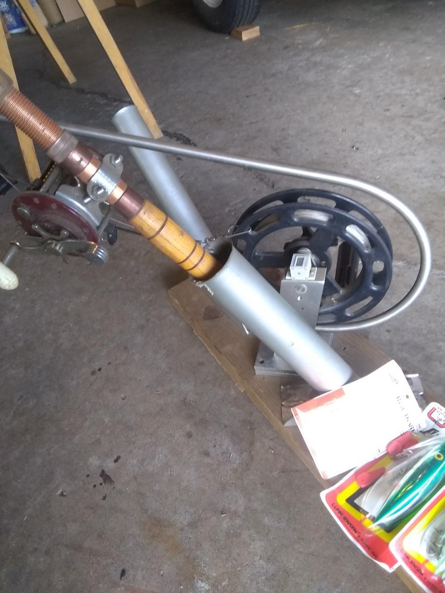 Photo 1 of Fishing equipment