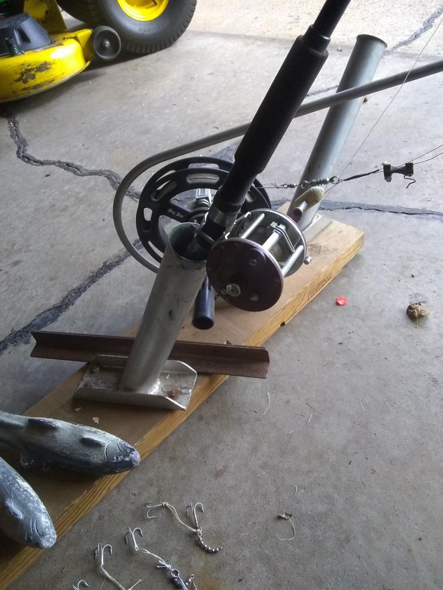 Photo 2 of Fishing equipment