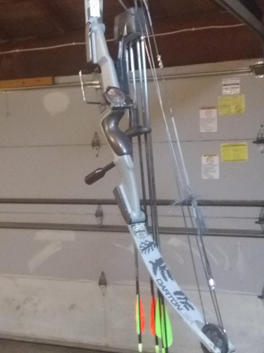 Photo 2 of Hunting equipment