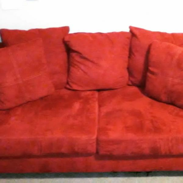 Photo of 3piece red couch set
