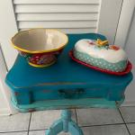 PIONEER WOMAN BUTTER DISH AND BOWL
