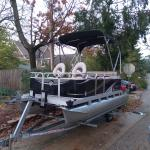 Year 2013 Gillgetter 615 Fish-N-Cruise Pontoon Boat w/ Bunk Trailer
