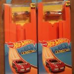 Hot Wheels car and track pack