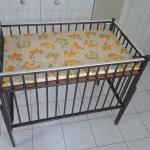 Changing table/infant port-a-crib