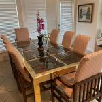 Henredon Dining table with 8 chairs