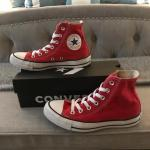 Red Converse size 4
