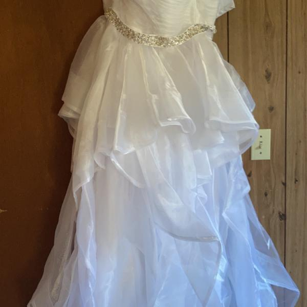 Photo of Wedding dress size 8