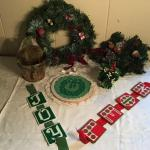 LR#429 - Wreaths, misc. Christmas, wall decor