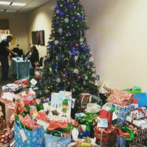 Photo of Free Christmas Gift Toy Giveaway Event