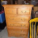 Lot 200 - 2 Over 4 Dresser With Lift Up Mirror