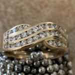 18kt with 28 solitaire diamonds