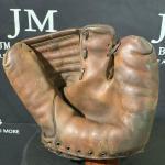 Spalding 1943 Baseball Glove