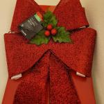 Lot 319: LED Christmas Red Tinsel Bow Deco NEW