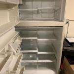 Amana refrigerator / clean working condition