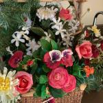 Floral arrangement  / baskets