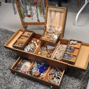 Photo of Vintage Jewelry Box & Jewelry