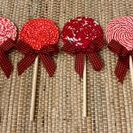 Set of 6 Farmhouse-style fabric lollipops!