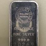 Item (7) 1oz Silver Bar