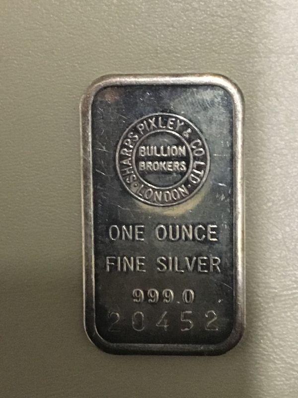 Photo 1 of Item (9) 1 oz. Silver Bar